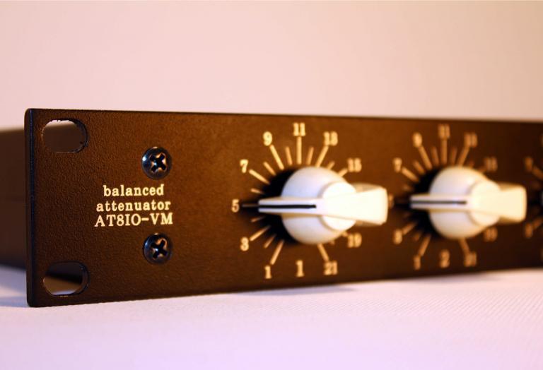 8 channel line attenuator precision gain control pot