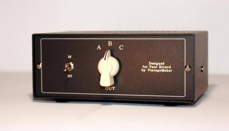 3 pos audio switcher with master mono