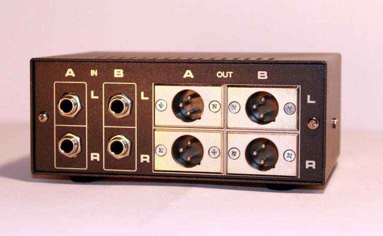 TRS in XLR out balanced stereo