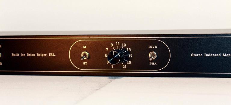 Phase Mono with precision stereo audio attenuator