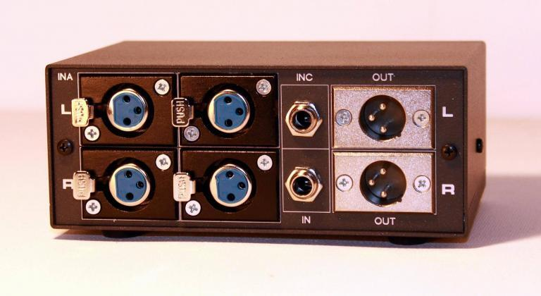 6 in 2 out studio controller