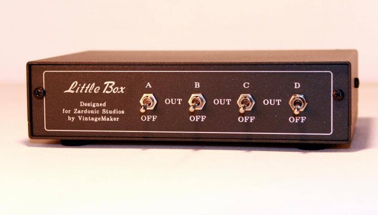 headphone router switcher splitter